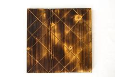Плато деревянное большое 30*30 см